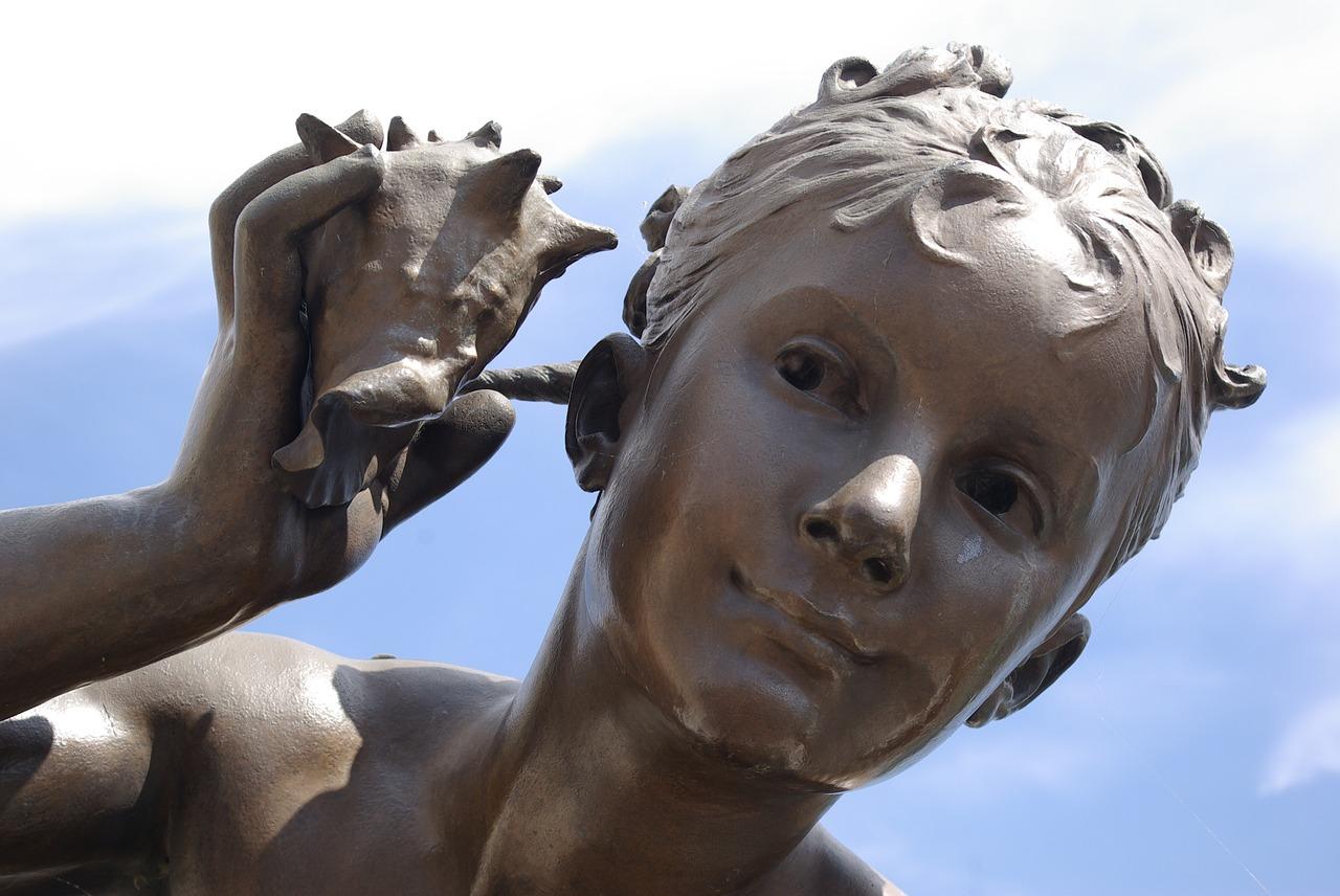 sculpture-1445167_1280.jpg